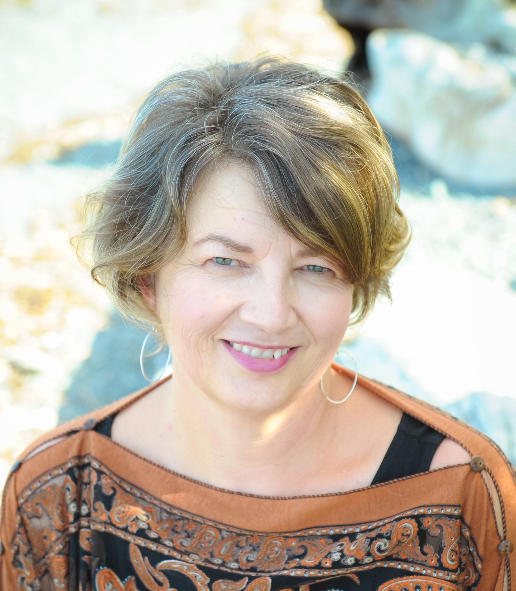 Victoria Pawlowski, R.D., M.Ed. (Counselling Psychology)